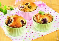 Mafini sa višnjama i tamnom čokoladom će oduševiti svakoga. Muffins, Deserts, Cupcakes, Breakfast, Sweet, Food, Kitchen, Morning Coffee, Candy