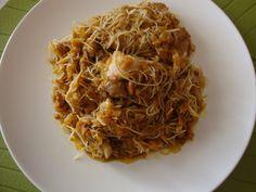 Mancare chinezeasca de pui cu legume - Bucataria cu noroc Exotic Food, Spaghetti, Ethnic Recipes, Noodle