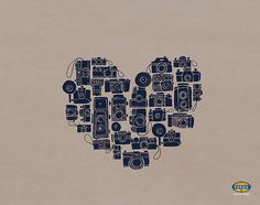 For @Elizabeth Violanto it's a desktop wallpaper made of vintage cameras arranged in the shape of a heart!! It's soooo you.