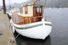 Pilothouse Boat, Nautical Craft, Antique Trucks, Cool Boats, Houseboats, Tug Boats, Boat Design, Boat Plans, Wooden Boats