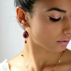 Crystal teardrop earrings. Red dangle earrings, Red drop earrings,  Burgundy earrings, Red gold earrings, swarovski drop earrings, beadwork