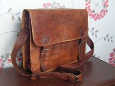 Traditional Old School Leather Satchel Bag