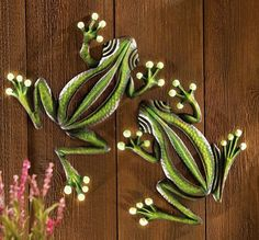 Add some charm to your backyard, patio or deck with a pair of cute climbers with glow-in-the-dark accents. Display them on a wall, fence or tree - ...