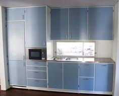 Keittiö 3 50s Style Kitchens, Kitchen Cabinets, Small Kitchen, 50s Kitchen, Kitchen, Kitchen Dining Room, Kitchen Dining, Home Kitchens, Kitchen Styling