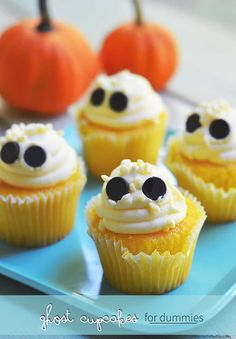 Here's a fun Halloween treat that you can make up quickly and easily. Of course you can make your own cupcakes, if you like. But don't feel bad if you go pick them up from