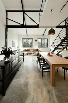 interieur chic avec béton décoratif, sol beige dans le salon chic
