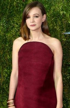 For Best Actress in a Leading Role in a Play contender, Carey Mulligan, the timeless appeal of red lip stain was given a modern spin with the help of a silken blowout