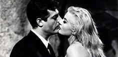 """Família de Federico Fellini autoriza refilmagem do clássico """"A Doce Vida"""" #Atriz, #Diretor, #Filme, #Mundo, #Novo http://popzone.tv/familia-de-federico-fellini-autoriza-refilmagem-do-classico-a-doce-vida/"""