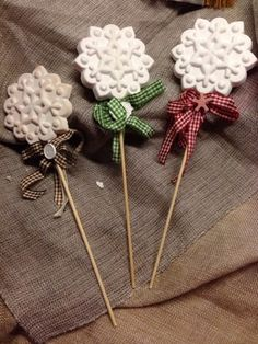 Gessando Holiday Crafts, Christmas Crafts, Christmas Decorations, Easy Crafts, Diy And Crafts, Salt Dough Crafts, Fancy Cookies, Winter Wonderland Wedding, Home Made Soap