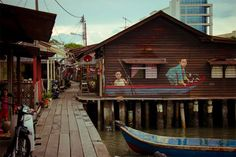 by Ernest Zacharevic @ Malaysia