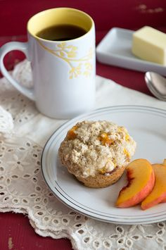 Bed and Breakfast Style Peach Crunch Muffins ~ A tasty Bed & Breakfast style Peach Crunch Muffin Recipe from dineanddish.net