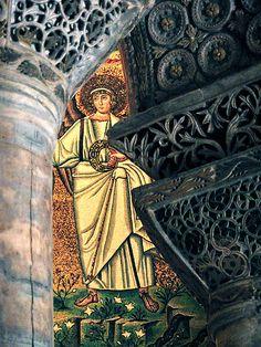 Behind columns -  Ravenna, Emilia Romagna, IT