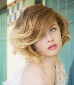 25-Short-Bob-Haircut-Styles-With-Bangs-Layers-For-Girls-Women-2014-17.jpg 400×464 pixels