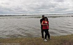 foto nuestra con la laguna de san miguel del monte de fondo