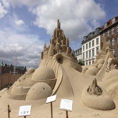 Campeonato de esculturas na areia nas ruas de Copenhagen
