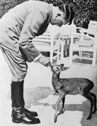 Afbeeldingsresultaat voor Hitler mit tieren