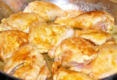 Rezept: GESCHMORTES HÄHNCHEN IN WEISSWEIN / COQ AU VIN BLANC Bild Nr. 11 White Wine, Cheese, Meat, Chicken, Food, Coq Au Vin, Types Of Red Wine, Berries, Eten