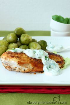 kurczak w sosie ziolowym Salmon Burgers, Food And Drink, Meat, Chicken, Ethnic Recipes, Polish Food Recipes, Cubs