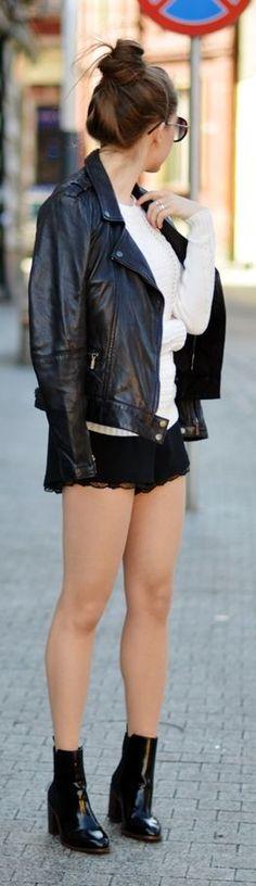 Black Lingerie Shorts Fall Inspo by Jestem Kasia