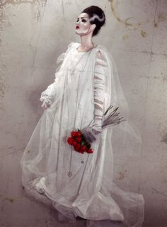 delineation and illumination: bride of frankenstein costume