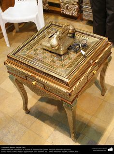 Artesanía Persa- Jatam Kari (Marquetería y Ornamentación de objetos) - 42 | Galería de Arte Islámico y Fotografía