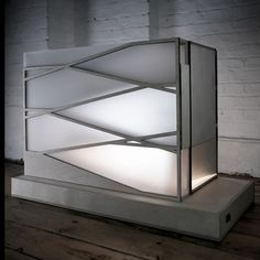 Glowing light box when closed