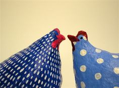 Blue chickens talk-paper mache\8cm tall -