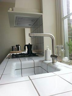 Kitchen D-tile and Farrow & Ball Off White