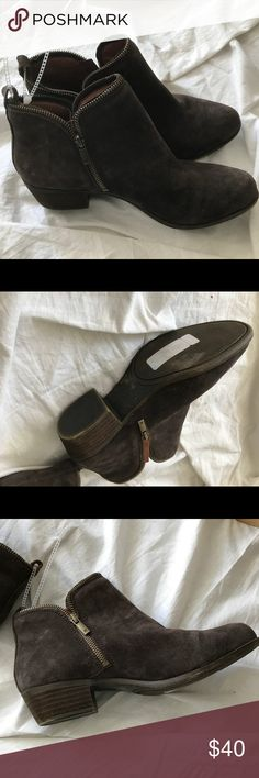 Lucky Brand Gray Brown Suede Zipper Ankle Boots 10 Tory Burch Thong Sandals Aqua Turquoise Green Sz 5. New and never worn. Retail stickers still attached. No box. Please ask questions! Lucky Brand Shoes Ankle Boots & Booties