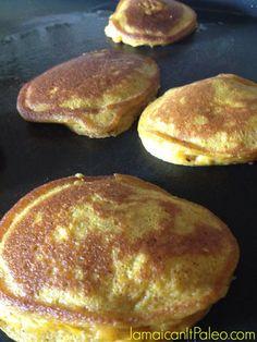 Pumpkin Fritters (Pancakes)©Jamaican It Paleo Banting Recipes, Hcg Recipes, Cooking Recipes, Pumpkin Fritters, Banana Fritters, Breakfast Dessert, Paleo Breakfast, Breakfast Recipes, Pumpkin Pancakes Easy