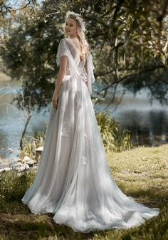 Courtesy of Victoria F Collection of Maison Signore Wedding Dresses; www.maisonsignore.it