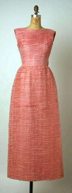 Evening Dress, Sybil Connolly (Irish, (born Wales) Swansea 1921–1998 Dublin): ca. 1960, Irish, linen.