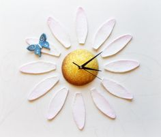 Flower Wall clock Daisy Clock with petals by Sognoametista on Etsy
