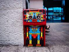 Street Artist: FLIX FLIX   Full post: http://caracasshots.blogspot.com/2013/03/wall-art-flix-flix-2.html #Caracas