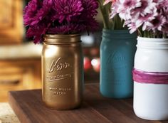 DIY Spray Painted Mason Jars Love pinning these Crafty ideas for all u Crafty people. This one is about as easy as it gets. WE can do this, really. We can... Let me know if u do. I have great intentions, but can never seem to find the time. Good Luck