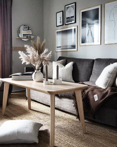 Inspiráló gyönyörű skandináv nappali. #skandinávlakberendezés #skandinávstílus #skandinávdizájn #lakberendezés #belsőépítészet #skandinávnappali #scandinaviandesignideas #scandinavianstyle #scandinaviandesign #scandinavianhome #nordicliving #interiordesign #scandinavianlivingroom Scandinavian Style, Photo And Video, Instagram, Furniture, Home Decor, Decoration Home, Room Decor, Home Furnishings, Home Interior Design