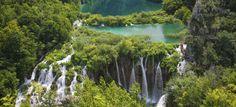 Unternimm eine aufregende Highlight-Rundreise entlang der Adria Küste und erlebe die facettenreiche Natur Kroatiens. Dich erwarten wunderschöne Badestrände, faszinierende Naturparks …