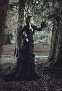 Gothic Fashion / Woman / Black Dress / Jewelry / Dark Photography / Gothique Girl // ♥ More @lDarkWonderland