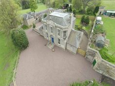 Grand 5 bed detached house to rent in Edinburgh