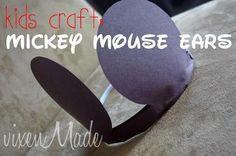 Doesn't everyone love Mickey Mouse?My kids do too and since my daughter is always the one bursting with ideas. She decided she wanted to make a Mickey Mouse craft. I decided on some fun ears that the kids could wear. Disney Crafts For Kids, Toddler Crafts, Preschool Crafts, Kids Crafts, Preschool Ideas, Daycare Crafts, Kindergarten Crafts, Toddler Art, Daycare Ideas