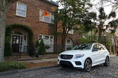 GLE Daimler Ag, Mercedes Benz Cars, Car Makes, Car Manufacturers, Pretty Cool, Luxury Cars, Cool Cars, Automobile, Trucks