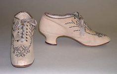 (via The Metropolitan Museum of Art - Shoes) 1900's edwardian