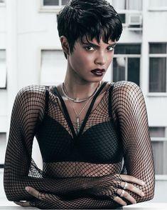 Luanna Pinheiro — Ph: Hugo Barbieri  Beauty: Pedro Moreira  Styling:... Rihanna Pixie, Rihanna Short Hair, Short Permed Hair, Mode Rihanna, Short Hair Cuts, Mullet Hairstyle, Black Hairstyle, Short Relaxed Hairstyles, Short Brunette Hair