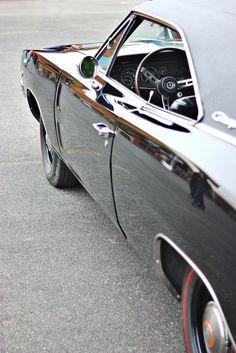 whatisaurlidonthaveone:  Hit The Open Roads & Drive…..Drive...