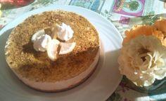 Cheesecake al limone con granella di pistacchio.....