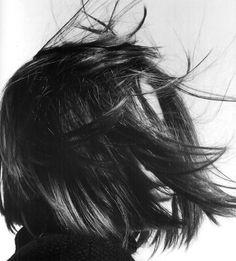 Style № Hannah by David Sims, Heads: Hair by Guido. Hair In The Wind, Your Hair, Hair Inspo, Hair Inspiration, Short Hair Cuts, Short Hair Styles, Fashion Gone Rouge, David Sims, Fall Hair