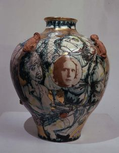 At a party near The British Museum last night. Someone asked artist Grayson Perry( en homme in white trousers) about the moto. Modern Ceramics, Contemporary Ceramics, Contemporary Art, Ceramic Vase, Ceramic Pottery, Pottery Art, Grayson Perry Art, Saatchi Gallery, English Artists