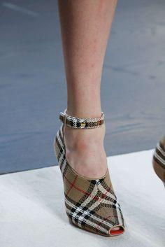 Schoenenkast In Stijl Design.1234 Beste Afbeeldingen Van Shoes Bags In 2019 Loafers Slip