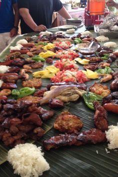 my theme for mom's birthday this February! Filipino Recipes, Asian Recipes, Healthy Recipes, Ethnic Recipes, Filipino Food, Filipino Culture, Boodle Fight Party, Military Food, I Love Food