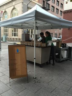 We're trying something new in the @mintplaza today, thanks to our friends at @BaristaCapsule! http://pco.lt/1yHX9h4